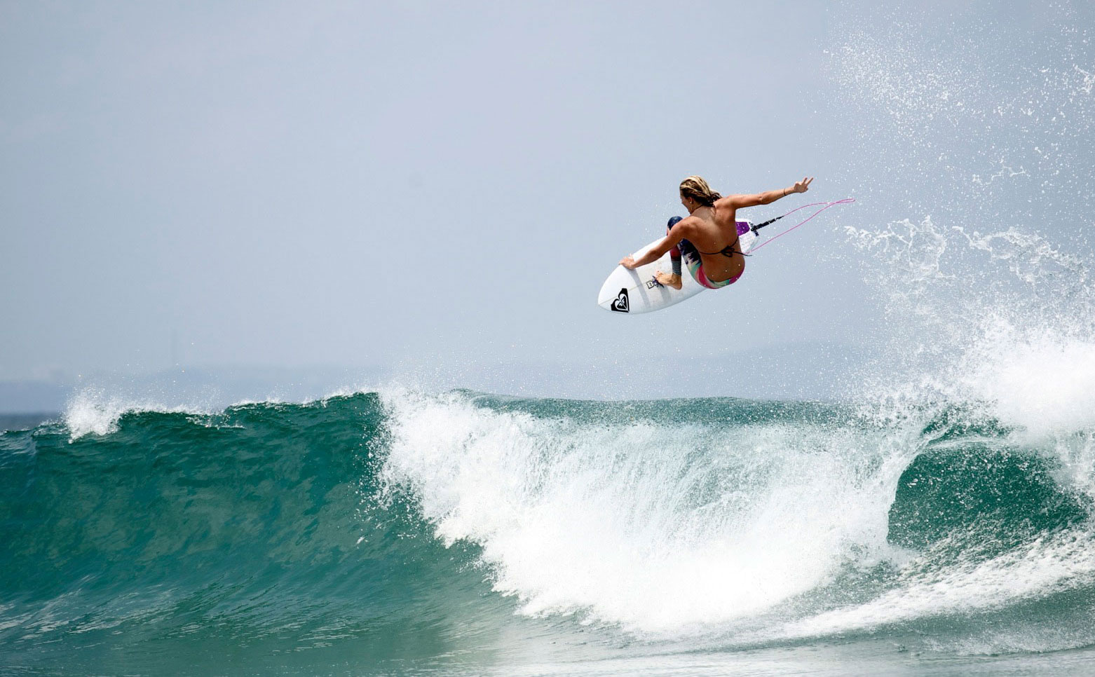 Stephanie Gilmore surfear no es fácil